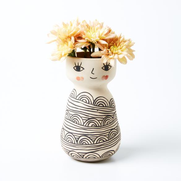 Miss Cozette Vase 2